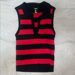 Forever 21 new without tags robbed tank sweater